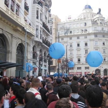 Esferas pvc 150 cm. en Fallas